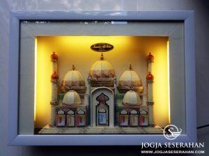 "Mahar Uang Masjid 5 Kubah + Lampu ""Imamah & Abd. Rohim"", Yogyakarta"