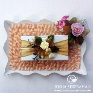 Tempat Uang nuansa natural peach order by Kak Bakti Setiadi, Tangerang